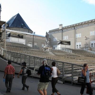 tribune Salzburger Festspiele