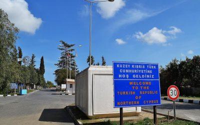 de grens bij Famagusta